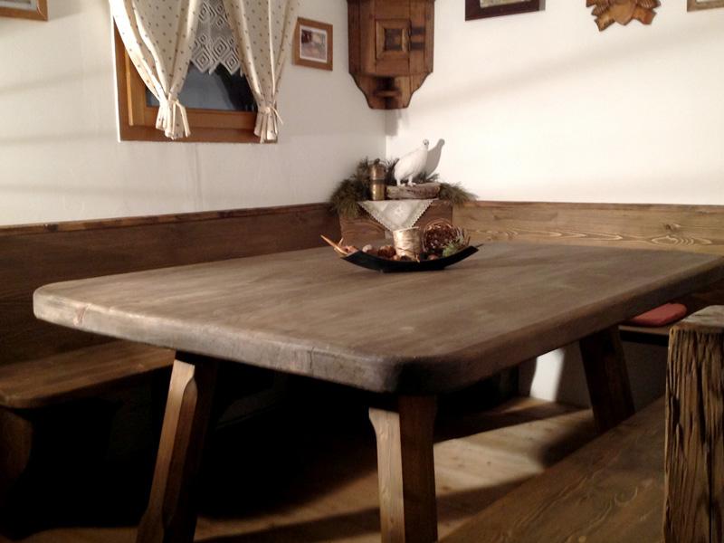 Eckbank massivholz  Innenausbau | Zimmerei Südtirol